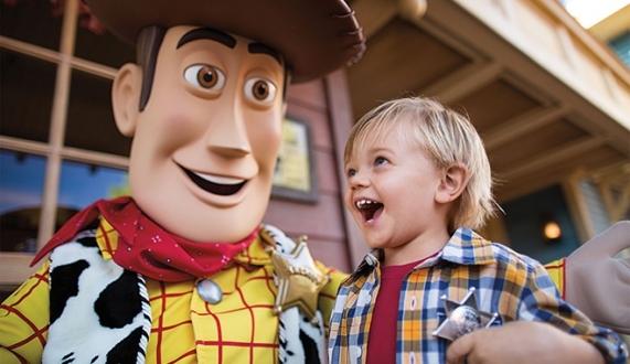 Walt Disney çocuklarınızı gözetliyor!
