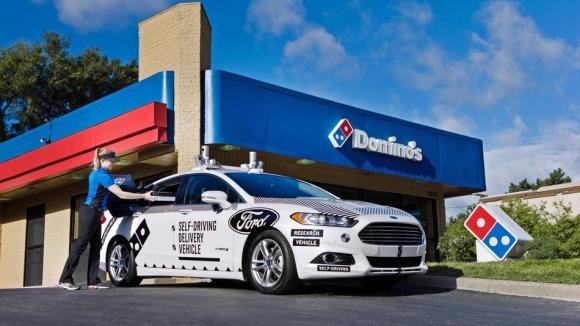 Otonom araçlar Domino's Pizza kuryesi oluyor!