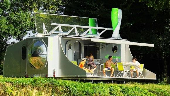 Güneş ve rüzgarla çalışan karavan!