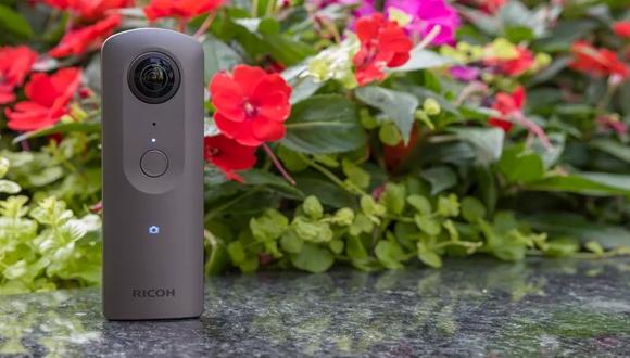 Ricoh'un yeni 360 derece kamerası: Theta V