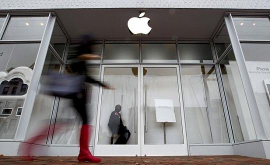 Apple Store, yeni iPhone'lar için kapandı!