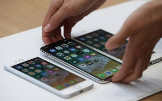 iPhone X ekranı 8 Plus'tan büyük mü?