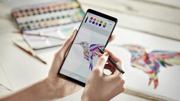 Note 8 Samsung'un yüzünü güldürüyor!