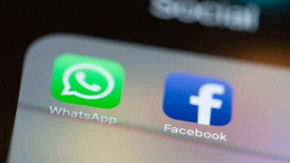 Facebook uygulamasına WhatsApp tuşu geliyor!