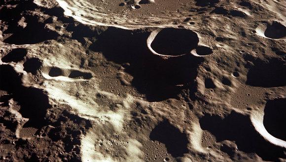 Ay kraterleri yeni evlerimiz olabilir!