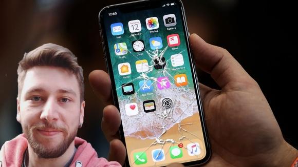 iPhone X ekranı için değişim ücreti can sıkıyor!