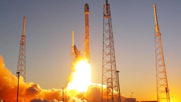 SpaceX bir Falcon 9 daha fırlattı!