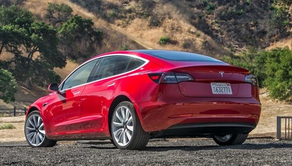 Tesla Model 3 üretiminde aksaklıklar yaşanıyor!