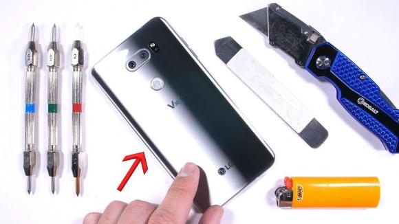 LG V30 için ilk dayanıklılık testi yayınlandı!