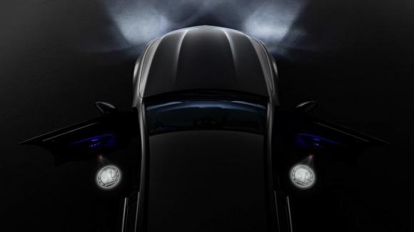 AMG kapı projektörü tüm Mercedes'lerde kullanılabilecek!