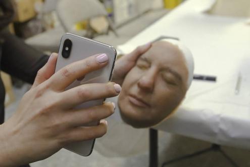 Silikon maske ile Face ID kandırılabilir mi?