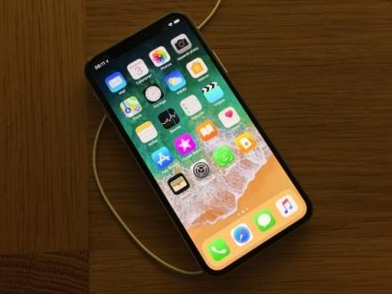 iPhone X, 24 Kasım'da operatörlerde olacak!