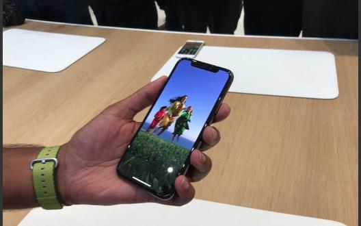 iPhone X pil ömrü nasıl olacak?