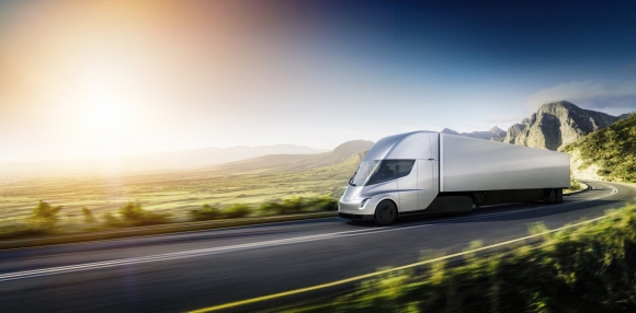 Tesla Semi sonunda duyuruldu!