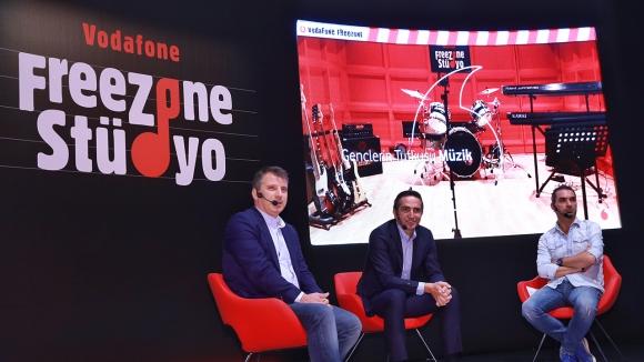 FreeZone Stüdyo, Vodafone Park'ta açıldı -Vlog!