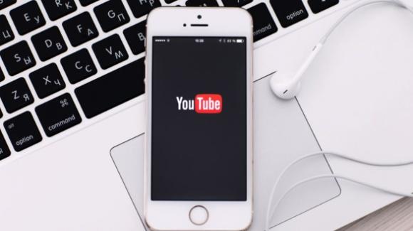YouTube, yeni iPhone'ların bataryalarını tüketiyor!