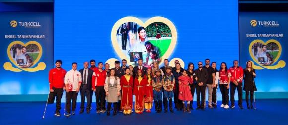 Turkcell ilk işitme engelli platformunu hayata geçirdi
