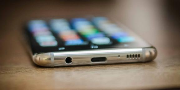 Galaxy S9'da kulaklık girişi olacak mı?