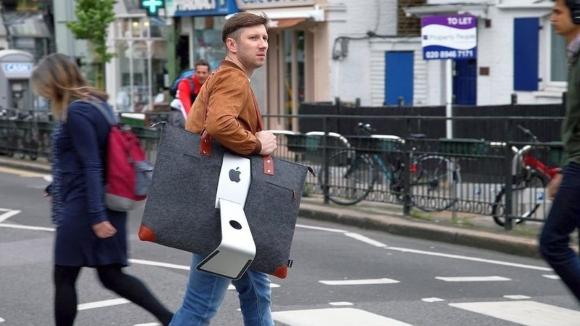 iMac bilgisayarlarınızı omzunuzda taşıyın!