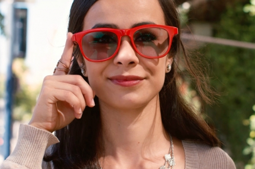 Asistanlı sade akıllı gözlük: LET VisionAI