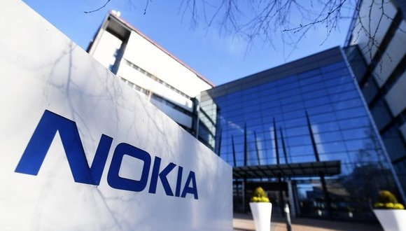 Nokia, BlackBerry ile olan patent savaşını kazandı!