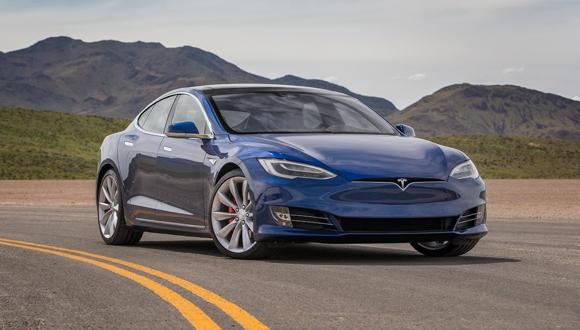 Tesla ile elektriğe para vermeden Bitcoin üretiyor!