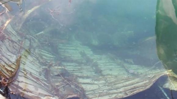 Marmara Denizi'ne düşen esrarengiz uçak