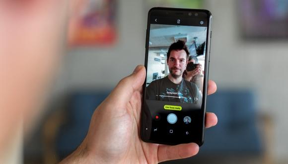 Galaxy A8 (2018) serisi için HDR müjdesi!