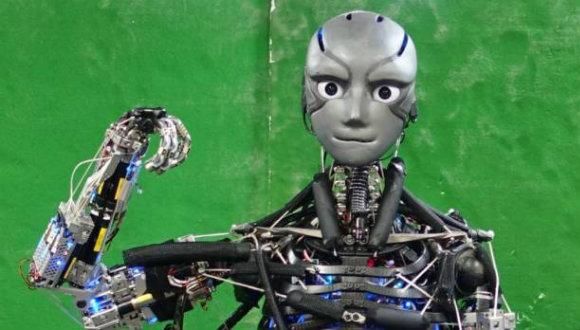 Terleyebilen robot geliştirildi!