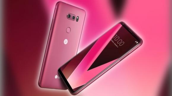 LG V30 Raspberry Rose rengiyle karşımızda!
