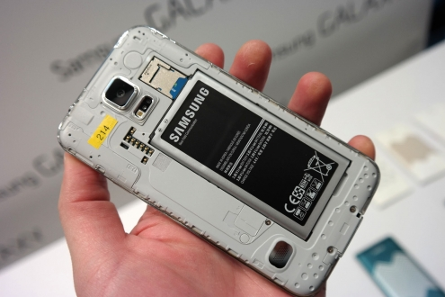 Samsung yavaşlama iddialarına yanıt verdi!