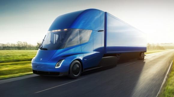 Elon Musk, Tesla Semi için çılgın beklenti içinde!