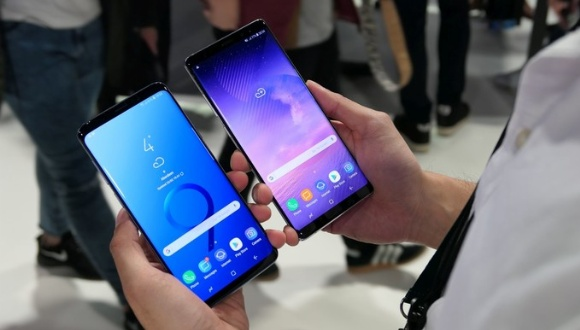 Galaxy S9 Plus ve Galaxy Note 8 karşılaştırma!