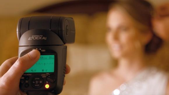 Yapay zekaya sahip flaş: Canon Speedlite 470EX-AI