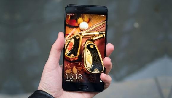 Huawei P20 Plus bataryası ile öne çıkabilir