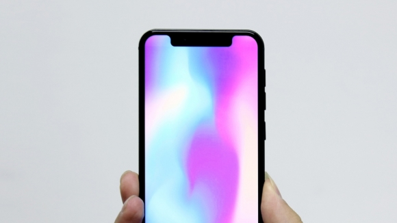 MWC'de iPhone X klonu Leagoo S9!