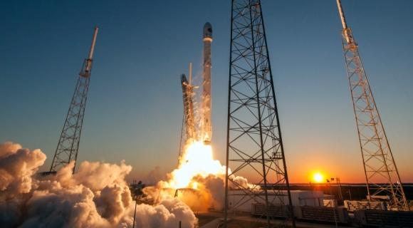 SpaceX internet uydusunu fırlatıyor! Canlı yayın!