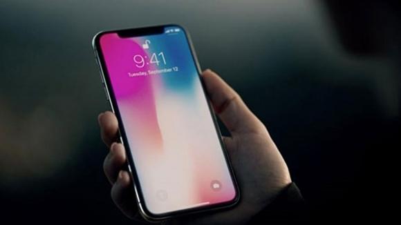 Bugüne kadar yapılmış en büyük iPhone geliyor!