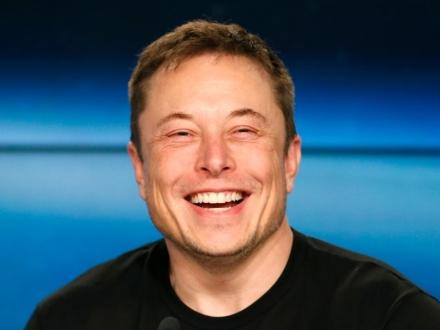 Elon Musk çok önemli bir başarıya imza attı!