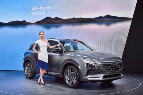 Hyundai iddialı tasarımlara sahip 2 SUV'sini tanıttı