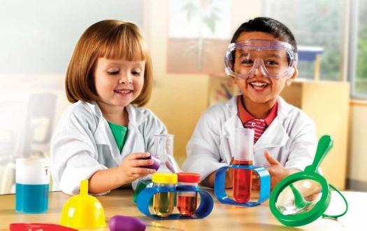 Çocuklara İstanbul Bilgi Üniversitesi'nde ücretsiz bilim eğitimi