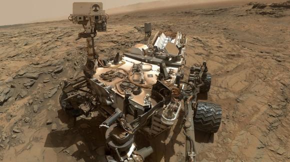 Curiosity Mars'taki 2 bininci gününü tamamladı