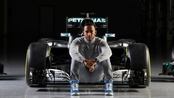 Formula 1 pilotu direksiyonla değil beyniyle yarışacak!