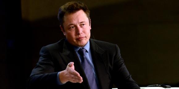 SpaceX ve Tesla Facebook hesaplarını kapattı!