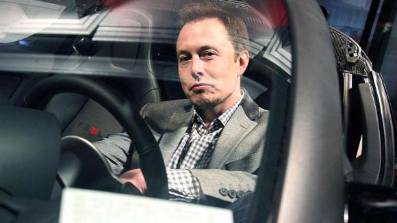 Tesla değer kaybetmeye başladı!