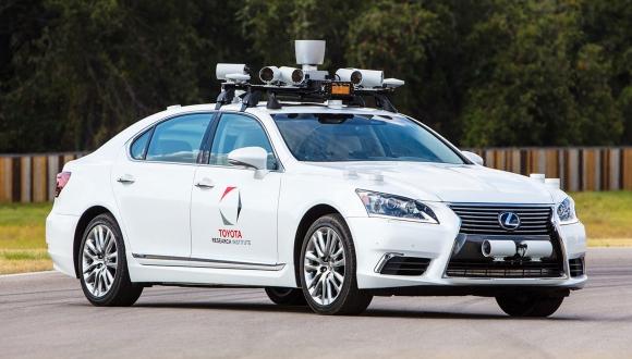 Toyota'dan otonom araçlar için yazılım şirketi!