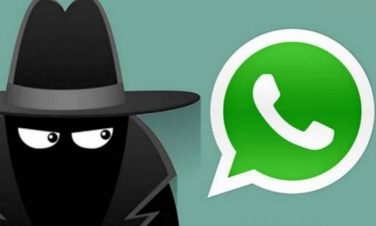 BlackBerry'den WhatsApp çalıntı iddiası!