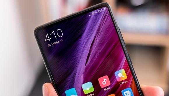 Xiaomi Mi Mix 2s çentiği ile bir ilke imza atacak!