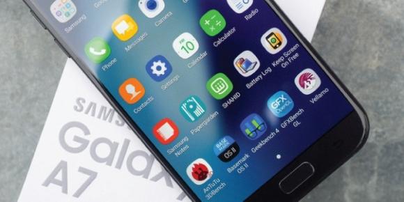 Galaxy A7 (2017) için Android Oreo çıktı!
