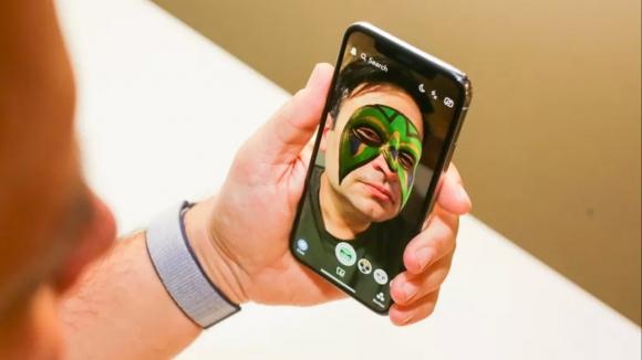 iPhone X için özel Snapchat filtreleri